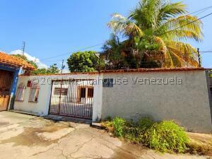 Casa En Ventaen Maracay, El Limon, Venezuela, VE RAH: 22-7947