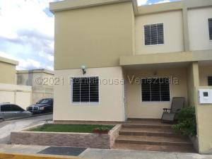 Casa En Ventaen Cabudare, Trapiche Villas, Venezuela, VE RAH: 22-7953