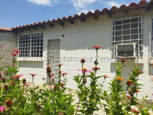 Casa En Ventaen Cagua, Prados De La Encrucijada, Venezuela, VE RAH: 22-8015