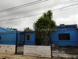 Casa En Ventaen Barquisimeto, Parroquia El Cuji, Venezuela, VE RAH: 22-7998