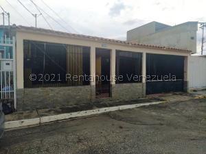 Casa En Ventaen Cabudare, Valle Hondo, Venezuela, VE RAH: 22-8061