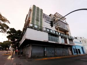 Apartamento En Ventaen Barquisimeto, Centro, Venezuela, VE RAH: 22-8082