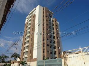 Apartamento En Alquileren Barquisimeto, Centro, Venezuela, VE RAH: 22-8105