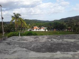 Terreno En Ventaen Valencia, Barrera, Venezuela, VE RAH: 22-8112