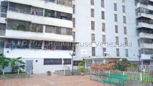 Apartamento En Alquileren Caracas, El Paraiso, Venezuela, VE RAH: 22-8128