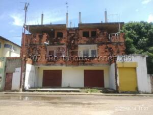 Casa En Ventaen Calabozo, Mision Arriba, Venezuela, VE RAH: 22-8259