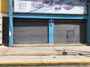 Local Comercial En Alquileren Caracas, Chacao, Venezuela, VE RAH: 22-8154