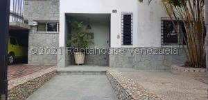 Casa En Ventaen Caracas, Colinas De Santa Monica, Venezuela, VE RAH: 22-8198