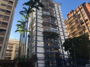 Apartamento En Ventaen Caracas, Los Palos Grandes, Venezuela, VE RAH: 22-8195
