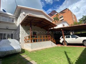 Casa En Alquileren Caracas, Los Palos Grandes, Venezuela, VE RAH: 22-8209