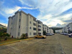 Apartamento En Ventaen Cabudare, La Piedad Sur, Venezuela, VE RAH: 22-8220