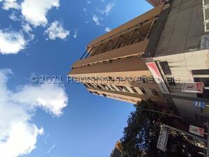 Apartamento En Ventaen Caracas, Parroquia Santa Teresa, Venezuela, VE RAH: 22-8260