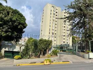Apartamento En Ventaen Caracas, Los Naranjos Del Cafetal, Venezuela, VE RAH: 22-8614