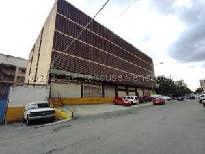 Galpon - Deposito En Alquileren Caracas, Los Cortijos De Lourdes, Venezuela, VE RAH: 22-8774