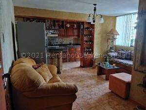 Apartamento En Ventaen Caracas, Parroquia Santa Teresa, Venezuela, VE RAH: 22-8373