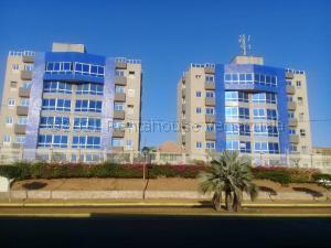 Apartamento En Ventaen Maracaibo, Cumbres De Maracaibo, Venezuela, VE RAH: 22-8290