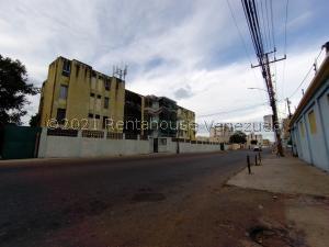 Apartamento En Ventaen Maracaibo, Amparo, Venezuela, VE RAH: 22-8295