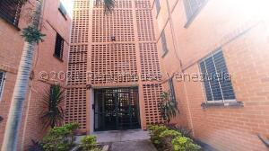 Apartamento En Ventaen Municipio San Diego, El Tulipan, Venezuela, VE RAH: 22-8297