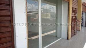Local Comercial En Ventaen Barquisimeto, Centro, Venezuela, VE RAH: 22-8281