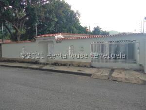 Casa En Ventaen Maracay, El Castaño (Zona Privada), Venezuela, VE RAH: 22-8387