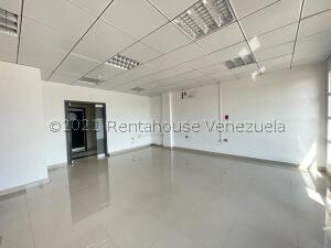 Local Comercial En Ventaen Punto Fijo, Santa Irene, Venezuela, VE RAH: 22-8325