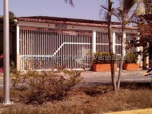 Casa En Ventaen Municipio Naguanagua, Los Guayabitos, Venezuela, VE RAH: 22-8329