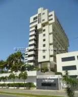 Apartamento En Alquileren Margarita, Playa Moreno, Venezuela, VE RAH: 22-8331