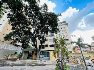 Apartamento En Ventaen Caracas, Colinas De Bello Monte, Venezuela, VE RAH: 22-8334