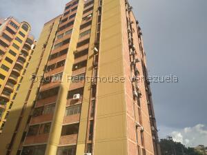 Apartamento En Ventaen Municipio Naguanagua, La Granja, Venezuela, VE RAH: 22-8352