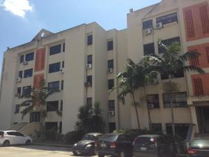 Apartamento En Alquileren Municipio Naguanagua, Tazajal, Venezuela, VE RAH: 22-8361