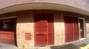 Local Comercial En Ventaen Caracas, Parroquia Altagracia, Venezuela, VE RAH: 22-8367