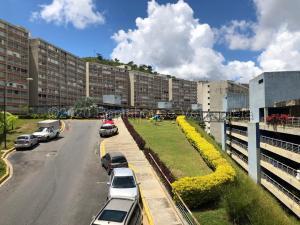 Apartamento En Ventaen Caracas, El Encantado, Venezuela, VE RAH: 22-8372