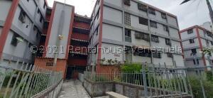 Apartamento En Ventaen Caracas, El Valle, Venezuela, VE RAH: 22-8405
