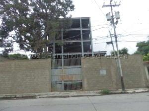 Terreno En Ventaen Barquisimeto, Parroquia Catedral, Venezuela, VE RAH: 22-8391