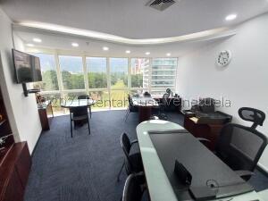 Oficina En Alquileren Caracas, El Rosal, Venezuela, VE RAH: 22-8393