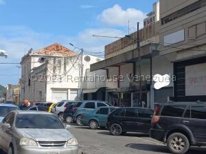 Local Comercial En Ventaen Valencia, Centro, Venezuela, VE RAH: 22-8456