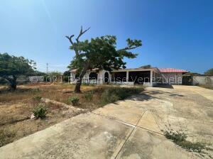 Terreno En Alquileren Punto Fijo, Zarabon, Venezuela, VE RAH: 22-8403