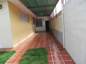 Local Comercial En Alquileren Barquisimeto, Del Este, Venezuela, VE RAH: 22-8423