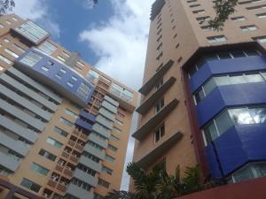 Apartamento En Ventaen Valencia, La Trigaleña, Venezuela, VE RAH: 22-8431