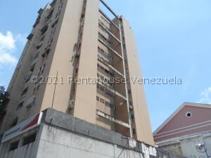 Oficina En Ventaen Caracas, Parroquia Santa Teresa, Venezuela, VE RAH: 22-8571