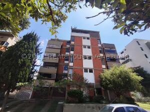 Apartamento En Ventaen Caracas, Cumbres De Curumo, Venezuela, VE RAH: 22-8444