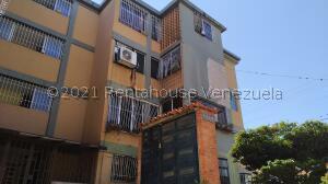 Apartamento En Ventaen Barquisimeto, Patarata, Venezuela, VE RAH: 22-8677