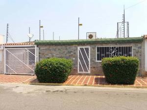 Casa En Ventaen Maracaibo, Altos De La Vanega, Venezuela, VE RAH: 22-8496