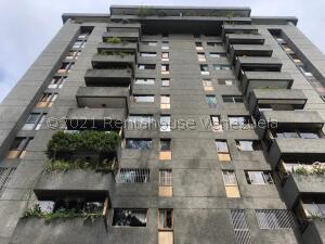 Apartamento En Ventaen San Antonio De Los Altos, Los Salias, Venezuela, VE RAH: 22-8510