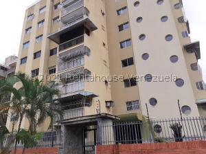 Apartamento En Ventaen Valencia, Trigal Centro, Venezuela, VE RAH: 22-8497