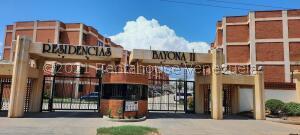 Apartamento En Ventaen Maracaibo, Avenida Milagro Norte, Venezuela, VE RAH: 22-8512