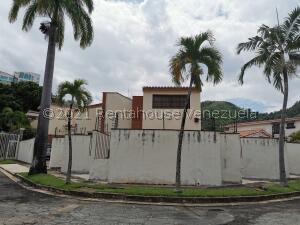 Casa En Ventaen Valencia, Las Chimeneas, Venezuela, VE RAH: 22-8542