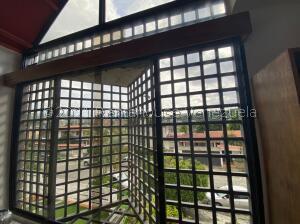Casa En Ventaen Caracas, El Cafetal, Venezuela, VE RAH: 22-8557
