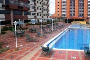 Apartamento En Ventaen Higuerote, Higuerote, Venezuela, VE RAH: 22-8559