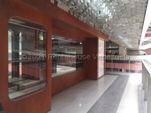 Local Comercial En Alquileren Valencia, Avenida Bolivar Norte, Venezuela, VE RAH: 22-8621